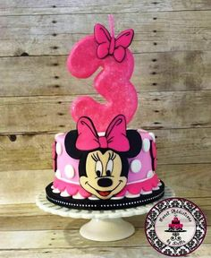 This cake was very special to me because it was for my 3 year old daughter. I strive to make others happy but the day she saw her cake and jumped into my arms hugging and kissing me surpassed everyone else's happiness:) I hand cut every piece of. Minni Mouse Cake, Minnie Mouse Cookies, Minnie Mouse Birthday Cakes, Theme Mickey, Mickey And Minnie Cake, Bolo Mickey, 3 Year Old Birthday Cake, 3rd Birthday Cakes, Little Pony Cake
