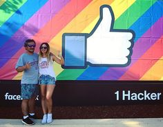 🌈🌈🌈 #LOVEISLOVE ❤️💛💚💙💜 ¡Feliz último día en Palo Alto, @menesesportatil! 🌈🌈🌈 #thumbsup #latergram #california #paloalto #facebook #1hackerway #facebookhq #stanford #travel #love #👍 #montereylocals #pacificgrovelocals- posted by Ignacia Uribe R. https://www.instagram.com/ignaciauribe. See more of Pacific Grove, CA at http://pacificgrovelocals.com