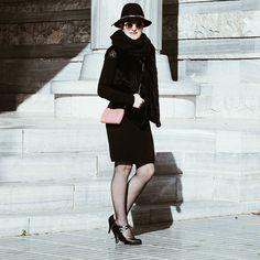 Mi look completo en almamodaaldia.com Os espero  Feliz martes. #look #streetstyle #fhotography #style #bloggers #fashionole #kissmylook #fashionladies #almamodaaldia #mı #editart