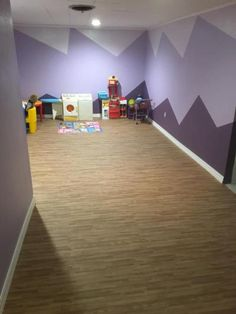 Basement Playroom Wood Grain Floor Wood Grain Foam Tiles Reversible are reversible, meaning they feature a tan, thatch texture on one Foam Floor Tiles, Foam Flooring, Wood Tile Floors, Basement Flooring, Bathroom Floor Tiles, Basement Remodeling, Floor Mats, Wood Tiles Design, Interlocking Floor Tiles