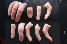 Uncoloured Severed Silicone Finger Prop Prosthetic for Halloween, Special Effects and Film. Zombie Halloween Makeup, Halloween Film, Scary Halloween Costumes, Horror Makeup, Scary Makeup, Zombie Makeup Tutorials, Special Effects Makeup, Movie Props, Finger