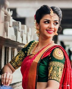What are the blouse designs for a silk saree? - Quora What are the blouse designs for a silk saree? Silk Saree Blouse Designs, Bridal Blouse Designs, Silk Sarees, Blouse Patterns, Banarasi Lehenga, Fancy Sarees, South Indian Bride, Indian Bridal, Wedding Saree Blouse