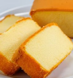 cake recipes An easy Moist Yellow Cake recipe. This is my favorite recipe in the book. I use this cake more than of the time. Its always delicious. The Soft as Silk brand of cake flour gives best results. Sponge Cake Recipes, Pound Cake Recipes, Easy Cake Recipes, Sweet Recipes, Baking Recipes, Almond Pound Cakes, Yellow Sponge Cake Recipe, Egg Yolk Recipes, Butter Pound Cake