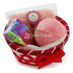Cesta de Regalo Roja Redonda con productos aromáticos, perfecta como detalle de boda económico, productos de calidad a muy buen precio..