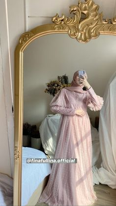 Hijab Prom Dress, Hijab Evening Dress, Hijab Style Dress, Casual Hijab Outfit, Dress Brokat Modern, Simple Cocktail Dress, Kebaya Dress, Muslim Women Fashion, Navy Bridesmaid Dresses