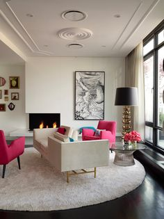 ZsaZsa Bellagio: Think PINK! YSL; like no other! Not into the colors pops but love the use of a conversation couch to create 2 seating areas in a small floor space
