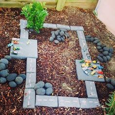 Lovely area for small world play outdoors on the preschool playground. Outdoor play with roads and toy cars. Kids Outdoor Play, Outdoor Play Spaces, Kids Play Area, Outdoor Learning, Backyard For Kids, Outdoor Fun, Garden Kids, Backyard Projects, Backyard Play Areas