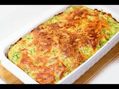 Самая лучшая запеканка из кабачков с сыром получается безумно вкусной и аппетитной. Подавать запеканку можно со сметаной или разнообразными соусами, украшать зеленью, свежими овощами.