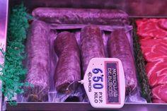 Morcilla de Burgos (Blood sausage with rice, from Burgos) Mercado de Santa Maria de la Cabeza, Madrid Distrito de Arganzuela (near Atocha station), July 20, 2013. Photo by Gerry Dawes©2013 / gerrydawes@aol.com. Canon 5D Mark III / Canon 24 105mm f/4L IS USM.