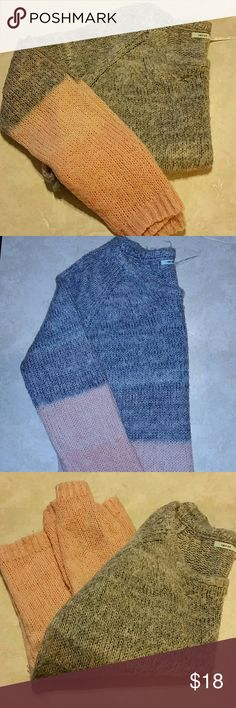Kimchi Blue Sweater Beautiful and soft Kimchi Blue sweater. Gray up top and pink on the bottom. Long sleeves. Pre-owned and in great condition. Size S. Kimchi Blue Sweaters
