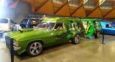 Holden Australia, Aussie Muscle Cars, Custom Vans, Kustom, Amazing Cars, Hippy, Hot Wheels, Cool Cars, Garage