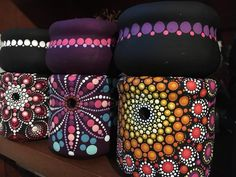 Puntillismo Mandala Painting, Dot Painting, Mandala Art, Painted Rocks, Crafty, My Favorite Things, Artwork, Planters, Inspiration
