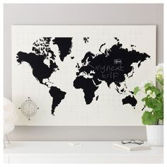 Black and white print with a world map interior pinterest mlltorp planbord plan je wereld 95x67 cm world map gumiabroncs Image collections