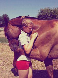 Wish I culd teach my horse to do that