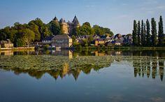 Bretaña es una región con rasgos de identidad únicos dentro de Francia. Ésta región del noroeste del país se encuentra extendida en una enorme península que sobresale sobre el Atlántico. Además de una región moderada por el mar y su clima, Bretaña es un tesoro histórico y arquitectónico en cada una de sus ciudades y …