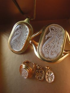 Luxurious vintage 70s  cameo style with Unicorn design by VezaVe