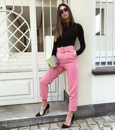 Pant Outfit Pictures pink pant outfit for girls on stylevore Pant Outfit. Here is Pant Outfit Pictures for you. Pant Outfit imagem de fashion outfit and girl fashion street style. Pant Outfit palazzo pants your . Classy Outfits, New Outfits, Stylish Outfits, Fall Outfits, Work Fashion, Fashion Pants, Fashion Outfits, Pink Pants Outfit, Look Office
