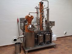 De Kuyper royal distillery Schiedam - vacuum baby pot still 50 ltr. Beer Brewing, Home Brewing, Distillery, Brewery, Distilling Alcohol, Moonshine Still, Pot Still, Kit Homes, Diy Kits