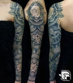 Beautiful! Don't know if I would get an entire arm, but the style is lovely.