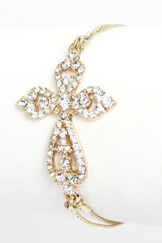Cable Cross Bracelet