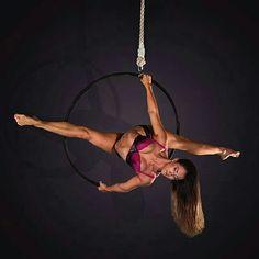 Beautiful pose on the aerial hoop. #circuslife