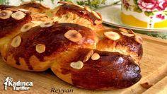 Paskalya Çöreği Tarifi nasıl yapılır? Paskalya Çöreği Tarifi'nin malzemeleri, resimli anlatımı ve yapılışı için tıklayın. Yazar: Muhabbet Sofrası