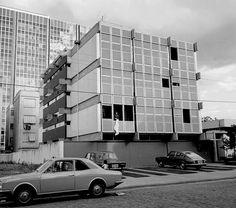 Edifício FAM (1964), Carlos Fayet, Cláudio Araújo e Moacir Marques.. Image © Acervo FAM