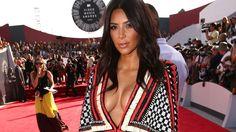 Kim Kardashian takes the fashion plunge at VMAs