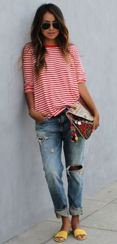oversize tee and boyfriend jeans