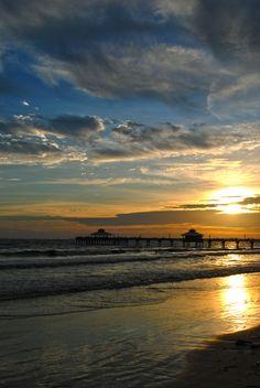 Ft. Myers Beach, Florida -- Photographer: Katelyn Perry