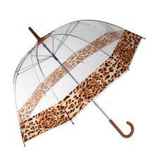 ¡Si tienes una personalidad felina, el paraguas burbuja Leopardo es perfecto para ti! Un paraguas transparente con estilo propio, cómodo y elegante, cuyo diseño tipo cúpula o bóveda proporciona una total cobertura. La parte superior y el borde están decorados con franjas de color leopardo. Estructura metálica y cúpula de plástico. Longitud aprox.: 84 cm. Diámetro aprox.: 85 cm.