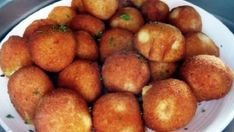 Fried potato balls filled with vegetables and cheese! Bread Dough Recipe, Hungarian Recipes, Potato Dishes, Fried Potatoes, Food 52, Vegas, Food And Drink, Appetizers, Cooking Recipes