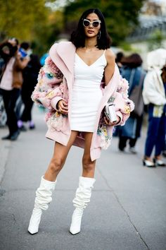 Part six: The best street style looks from Paris Fashion Week, Buro Buro Look Fashion, Runway Fashion, High Fashion, Autumn Fashion, Fashion Outfits, Fashion Design, Fashion Trends, Paris Fashion, Unique Fashion Style