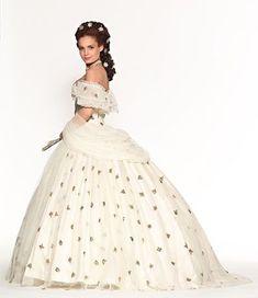 Crinolines et Cie : Robes crinolines Old Dresses, Vintage Dresses, Vintage Outfits, Crinoline Dress, Civil War Dress, Fairytale Dress, Princess Ball Gowns, Fantasy Dress, Special Dresses