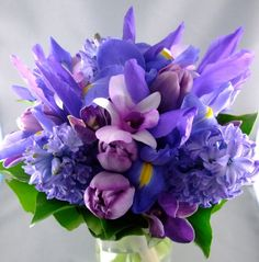 Blue Bridal Bouquets: Excite the Senses