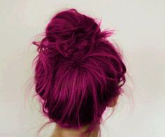 Wine Hair Chalk Hair Chalking Pastels Temporary by SexyHairChalk. Wanting to look cute with red hair ! Ombré Hair, Dye My Hair, Hair Dos, Best Purple Hair Dye, Hair Weft, Butter Blonde, Wine Hair, Hair Color Purple, Fuschia Hair
