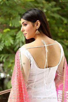 Indian Salwar Suit, Indian Blouse, Indian Wear, Pink And White Dress, Indian Models, Actress Photos, Beautiful Actresses, Indian Beauty, Girl Pictures