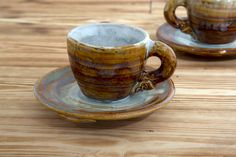 Enjoy your espresso in this beautiful ceramic mug and saucer set. Both are dishwasher proof depicting the celtic symbol of life. The Espresso Mug &