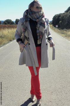 Trendy Curvy LOOK. OUTFIT TRENCH Y RED #jeansrojo #primark #redjeans #violetabymango #bufandamanta #WeAreVioleta #tartan #lookotoño #lookcasual #tallagrande #casual #outfittallagrande #curvy #plussizecurve #fashionbloggermadrid #bloggercurvy #personalshopper #curvygirl #loslooksdemiarmario #bloggermadrid #outfit #plussizeblogger #fashionblogger #lookotoño #ootd #influencer #trend #bloggerXL