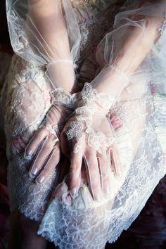 Valentino haute couture, Photo: Ellen von Unwerth for Vogue Italia