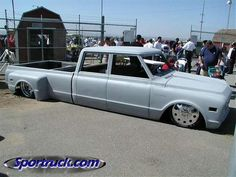 How about some pics of Trucks - Page 152 - The 1947 - Present Chevrolet & GMC Truck Message Board Network 67 72 Chevy Truck, Chevy C10, Chevrolet Trucks, Cool Trucks, Chevy Trucks, Pickup Trucks, Chevy Pickups, Bagged Trucks, Lowered Trucks