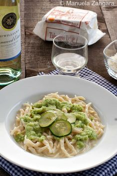 The recipe for an easy and comforting pasta dish: Trofie with Zucchini and Taleggio!