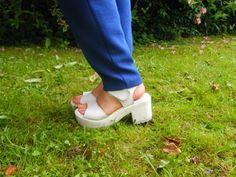 Handbags and Gladrags My Outfit, Clogs, Handbags, Outfits, Fashion, Clog Sandals, Moda, Totes, Suits