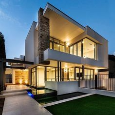 Thanks @classy.homes for sharing Cottesloe House! Located in #Perth #Australia  Designed by Signature Custom Homes insta