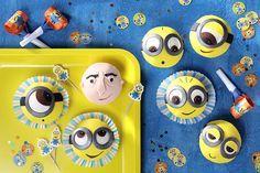 Diese Minion Cupcakes sind der Hit auf jeder Party! • Foto & Styling: Thordis Rüggeberg, Foodproduktion: Eileen Greuel
