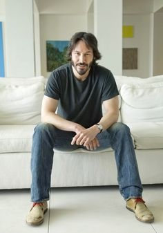 Keanu Reeves Photo: This Photo was uploaded by xSupernaturalxx. Find other Keanu Reeves pictures and photos or upload your own with Photobucket free ima. Keanu Reeves John Wick, Keanu Charles Reeves, Outfits Casual, Mode Outfits, Keanu Reaves, Hollywood, Matrix, Dream Guy, Gorgeous Men