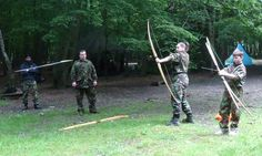 Carve a Holmegaard Bow – Bushcraft Days Archery Shop, Archery Bows, Archery Hunting, Fine Woodworking, Woodworking Ideas, Wooden Bow And Arrow, Shooting Bench, Blacksmith Tools, Carpentry Projects