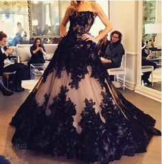 2016 New Sexy Champagne Strapless Lace Evening Dresses Tulle Black Floral Applique A Line Floor Length Party Prom Dresses Vintage Evening Dress Vintage Evening Dresses Uk From Enjoyweddinglife, $153.93| Dhgate.Com