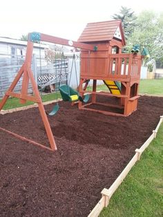 Easy Way To Outline And Mulch A Backyard Playground.