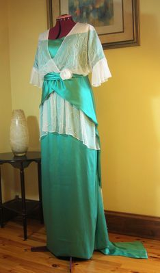 1913/14 Dinner or Evening Gown in Satin & Chiffon repro Edwardian Rose